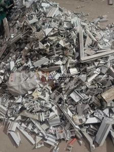 长期收购pvc塑钢,大小管,扣板